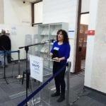 מרסלה סקלי בהרצאתה על מלאכת השימור של אוסף המקראות